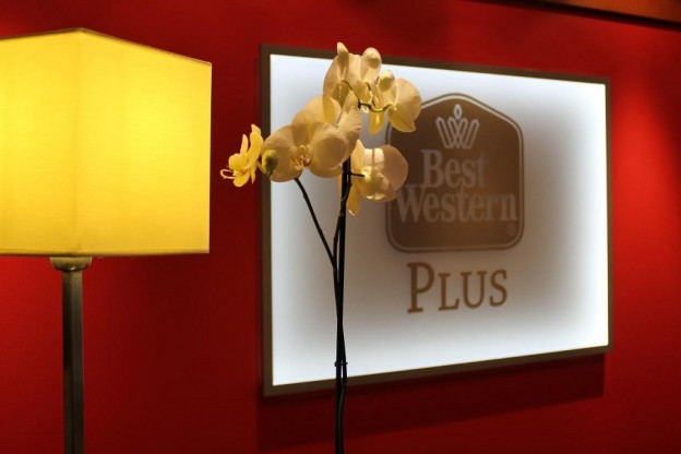 best western plus hotel bautzen rezeption logo 624x416